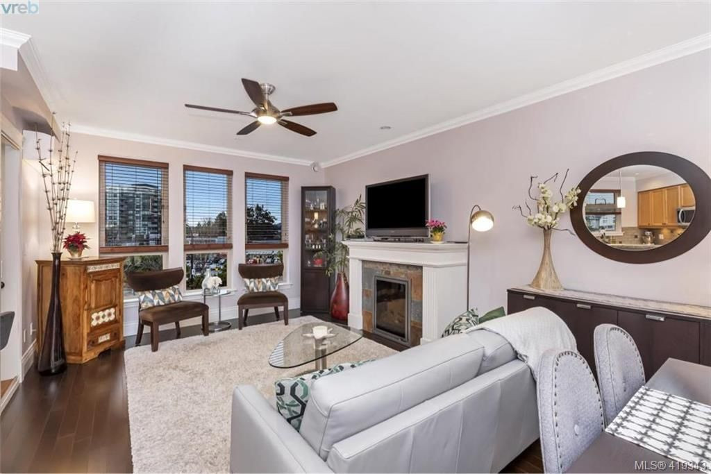 Photo 3: Photos: 308 755 Goldstream Ave in VICTORIA: La Langford Proper Condo for sale (Langford)  : MLS®# 829932