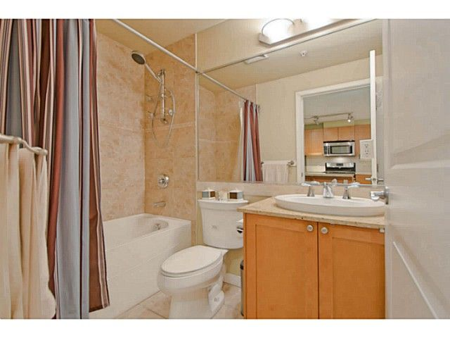 Photo 12: Photos: # 209 2636 E HASTINGS ST in Vancouver: Renfrew VE Condo for sale (Vancouver East)  : MLS®# V1039275