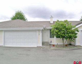 """Photo 1: 10 20761 TELEGRAPH TR in Langley: Walnut Grove Townhouse for sale in """"Woodbridge"""" : MLS®# F2510612"""