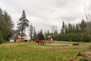 Photo 3: 4401 Marsden Rd in : CV Courtenay West House for sale (Comox Valley)  : MLS®# 863298