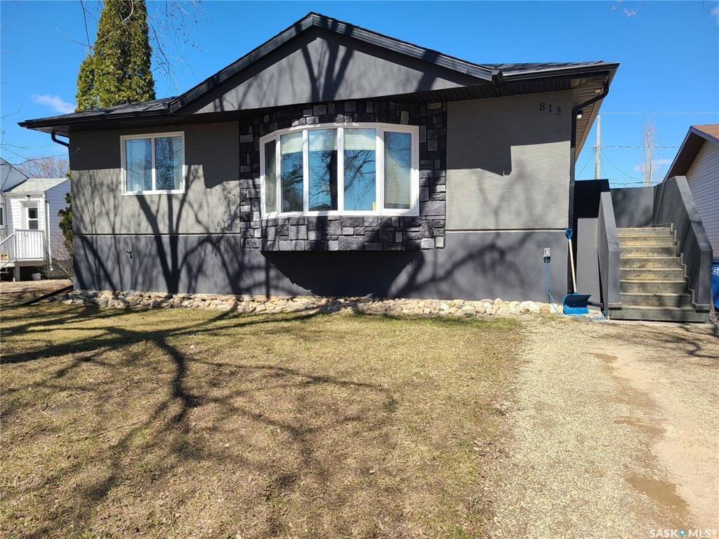 Main Photo: 813 98th Avenue in Tisdale: Residential for sale : MLS®# SK837893