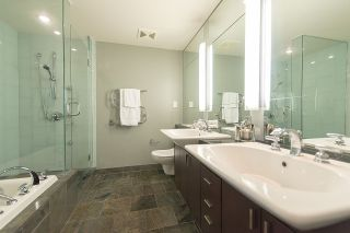Photo 15: 2904 1281 W CORDOVA STREET in Vancouver: Coal Harbour Condo for sale (Vancouver West)  : MLS®# R2304552