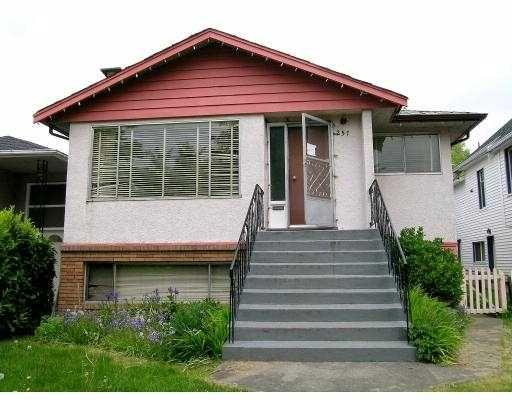 Main Photo: 257 E 46TH AV in Vancouver: Main House for sale (Vancouver East)  : MLS®# V590061