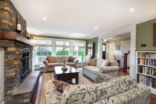 """Photo 4: 8967 MOWAT Street in Langley: Fort Langley House for sale in """"FORT LANGLEY"""" : MLS®# R2613045"""