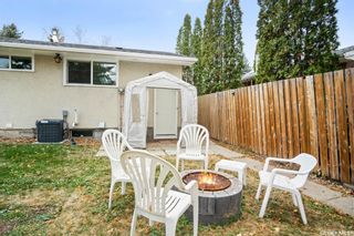 Photo 40: 418 SMALLWOOD Crescent in Saskatoon: Confederation Park Residential for sale : MLS®# SK873758