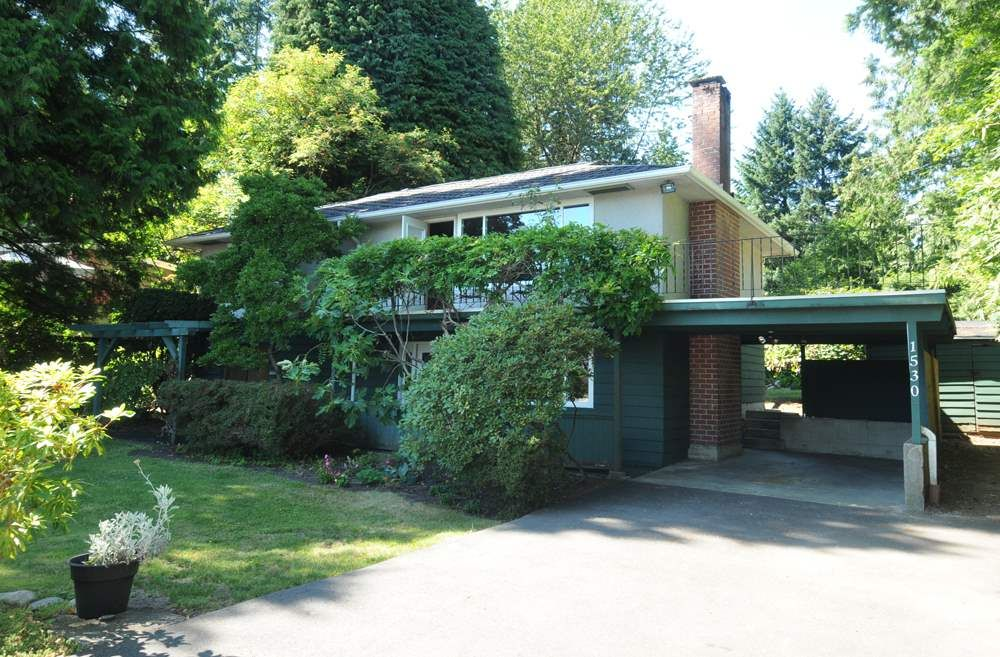 Main Photo: 1530 Merlynn Crescent in North Vancouver: Westlynn House for sale : MLS®# R2392426