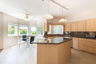 Photo 6: 2685 PHILLIPS Avenue in Burnaby: Montecito House for sale (Burnaby North)  : MLS®# R2592243