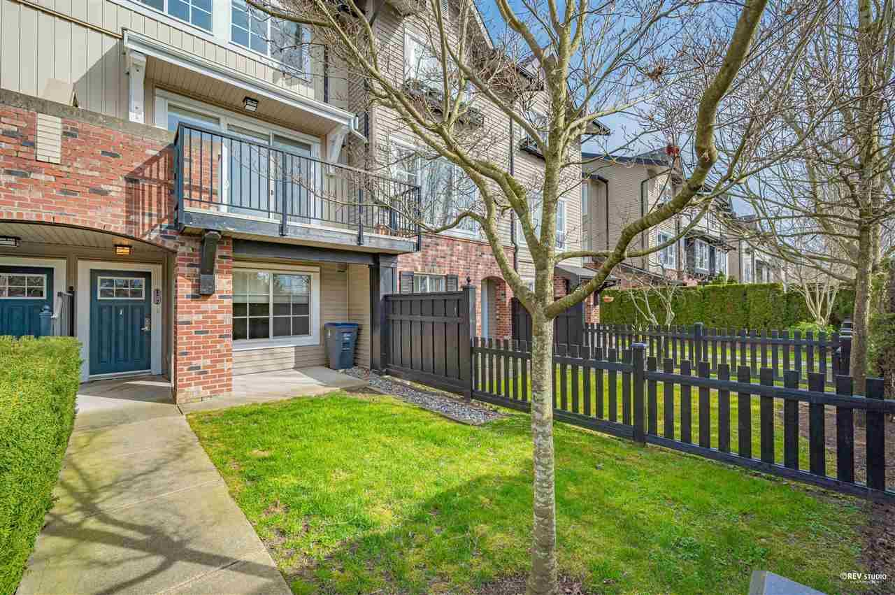 Main Photo: 172 2450 161A STREET in Surrey: Grandview Surrey Townhouse for sale (South Surrey White Rock)  : MLS®# R2560594