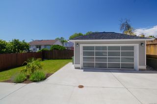 Photo 25: 2554 Empire St in : Vi Fernwood Half Duplex for sale (Victoria)  : MLS®# 878307