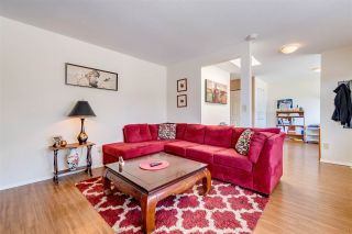 Photo 4: 1267 FINLAY Street: White Rock House for sale (South Surrey White Rock)  : MLS®# R2516931
