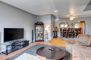 Photo 13: 9 Chisholm Crescent NW in Calgary: Charleswood Detached for sale : MLS®# A1115006
