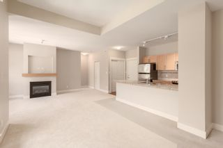 """Photo 14: 603 1211 VILLAGE GREEN Way in Squamish: Downtown SQ Condo for sale in """"ROCKCLIFF"""" : MLS®# R2573545"""