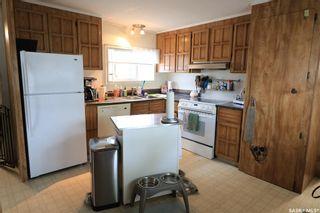 Photo 2: 214 17th Street in Battleford: Residential for sale : MLS®# SK867600