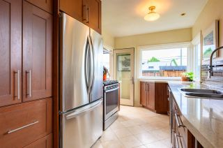 Photo 11: 3041 E 2ND AVENUE in Vancouver: Renfrew VE House for sale (Vancouver East)  : MLS®# R2456098