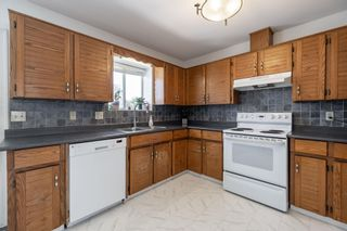 Photo 9: 26573 29B Avenue in Langley: Aldergrove Langley House for sale : MLS®# R2598515
