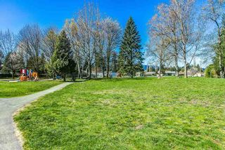 """Photo 18: 10 21801 DEWDNEY TRUNK Road in Maple Ridge: West Central Townhouse for sale in """"SHERWOOD PARK"""" : MLS®# R2159131"""