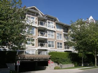"""Main Photo: 236 5880 DOVER Crescent in Richmond: Riverdale RI Condo for sale in """"WATERSIDE"""" : MLS®# V1104852"""