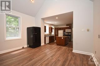 Photo 14: 99 CONCORD STREET N in Ottawa: House for sale : MLS®# 1266152