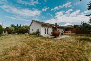 Photo 10: 5597 CURTIS Place in Sechelt: Sechelt District House for sale (Sunshine Coast)  : MLS®# R2617023