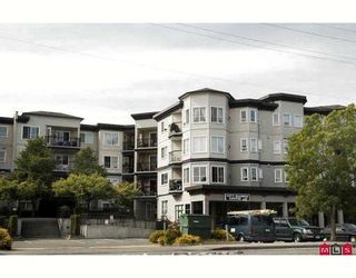 "Photo 1: 114 5765 GLOVER Road in Langley: Langley City Condo for sale in ""COLLEGE COURT"" : MLS®# F2911635"