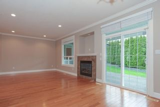 Photo 5: 19755 68A AVENUE in Langley: Home for sale : MLS®# R2153628