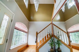 Photo 2: 4674 SOPHIA Street in Vancouver: Main House for sale (Vancouver East)  : MLS®# R2285313