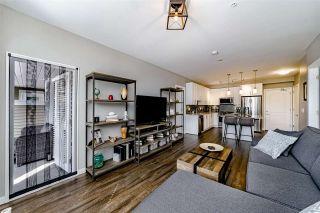 "Photo 4: 117 6490 194 Street in Surrey: Clayton Condo for sale in ""WATERSTONE - ESPLANADE"" (Cloverdale)  : MLS®# R2404179"