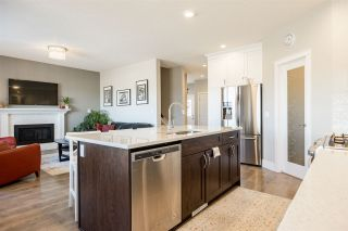 Photo 9: 1047 COOPERS HAWK LINK Link in Edmonton: Zone 59 House for sale : MLS®# E4239043