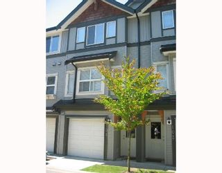 "Photo 1: 101 1055 RIVERWOOD GATE BB in Port_Coquitlam: Riverwood Townhouse for sale in ""MOUNTAIN VIEW ESTATES"" (Port Coquitlam)  : MLS®# V657651"