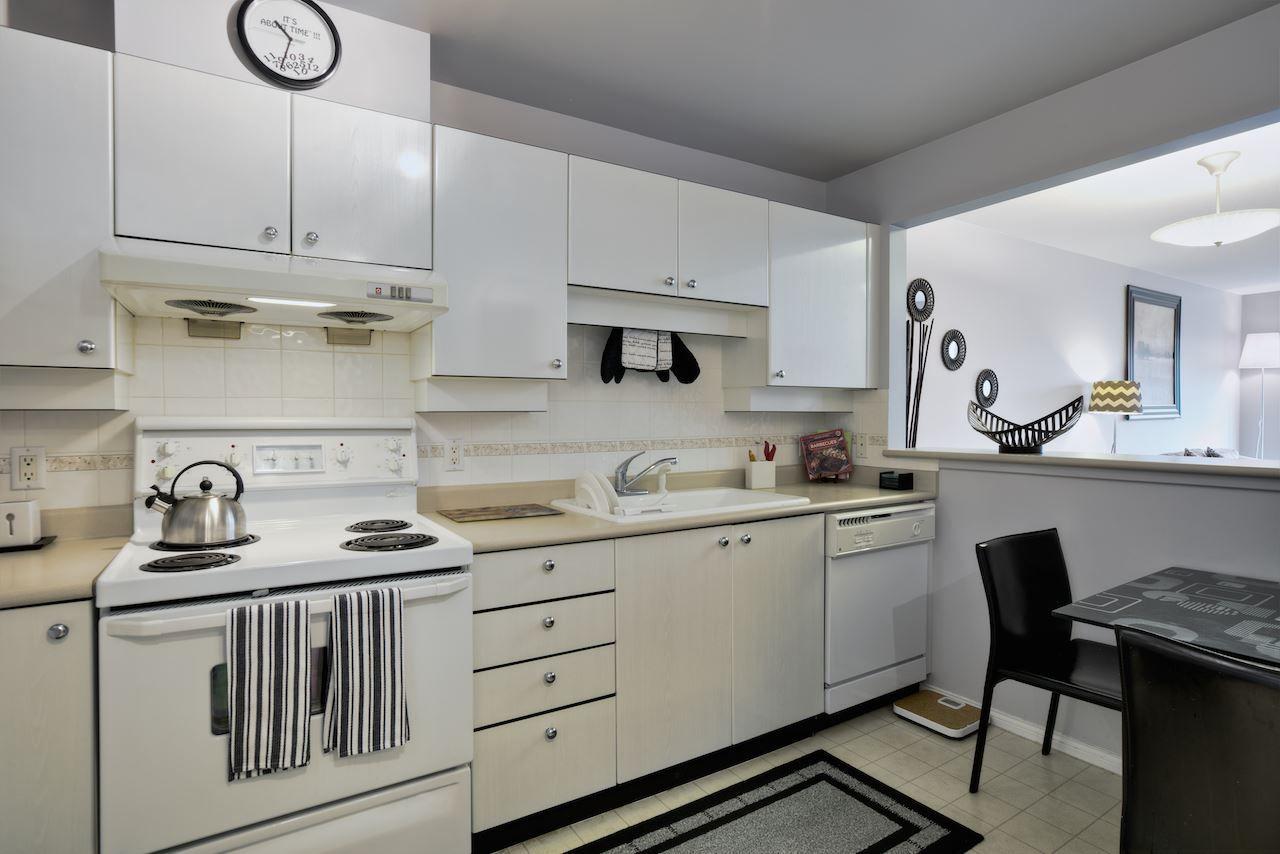 """Photo 10: Photos: 335 5888 DOVER Crescent in Richmond: Riverdale RI Condo for sale in """"PELICAN POINTE"""" : MLS®# R2005524"""