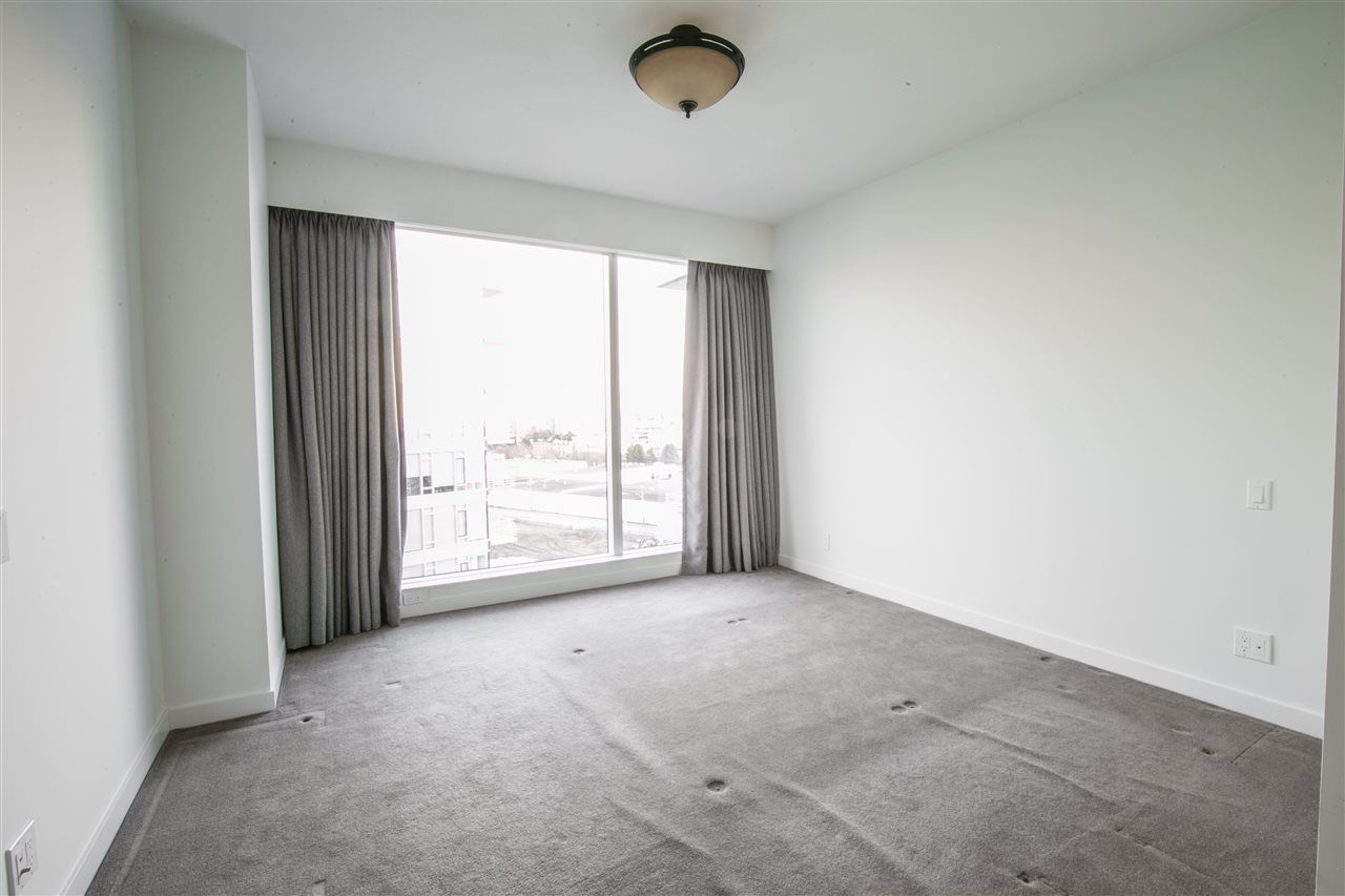 """Photo 11: Photos: 1102 5171 BRIGHOUSE Way in Richmond: Brighouse Condo for sale in """"ONE RIVER GREEN"""" : MLS®# R2239080"""