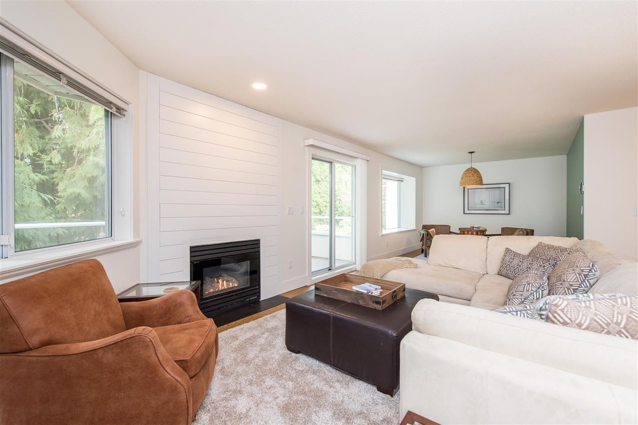 """Photo 13: Photos: 62 4001 OLD CLAYBURN Road in Abbotsford: Abbotsford East Townhouse for sale in """"CEDAR SPRINGS"""" : MLS®# R2513100"""