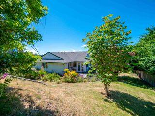 "Photo 17: 5072 BAY Road in Sechelt: Sechelt District House for sale in ""Davis Bay"" (Sunshine Coast)  : MLS®# R2321303"