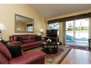 """Photo 9: 26 17516 4TH Avenue in Surrey: Pacific Douglas Townhouse for sale in """"Douglas Point"""" (South Surrey White Rock)  : MLS®# R2129004"""