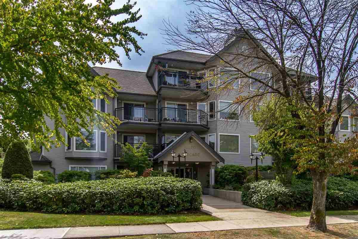 """Photo 1: Photos: 111 3770 MANOR Street in Burnaby: Central BN Condo for sale in """"CASCADE WEST"""" (Burnaby North)  : MLS®# R2398930"""