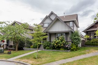 """Photo 2: 16419 59A Avenue in Surrey: Cloverdale BC House for sale in """"West Cloverdale"""" (Cloverdale)  : MLS®# R2294342"""