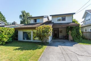 Photo 1: 12292 GILLEY Street in Surrey: Crescent Bch Ocean Pk. House for sale (South Surrey White Rock)  : MLS®# R2598094