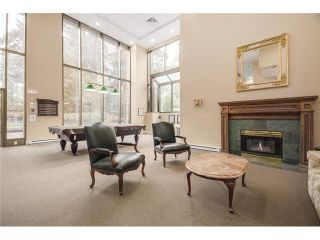 """Photo 31: 304 6888 STATION HILL Drive in Burnaby: South Slope Condo for sale in """"Savoy Carlton - City In The Park"""" (Burnaby South)  : MLS®# R2532749"""