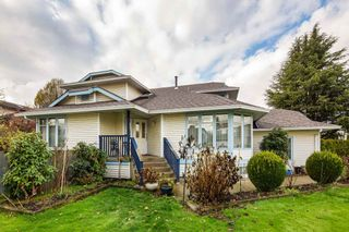 Photo 2: 20298 LINDSAY Avenue in Maple Ridge: Northwest Maple Ridge House for sale : MLS®# R2223381