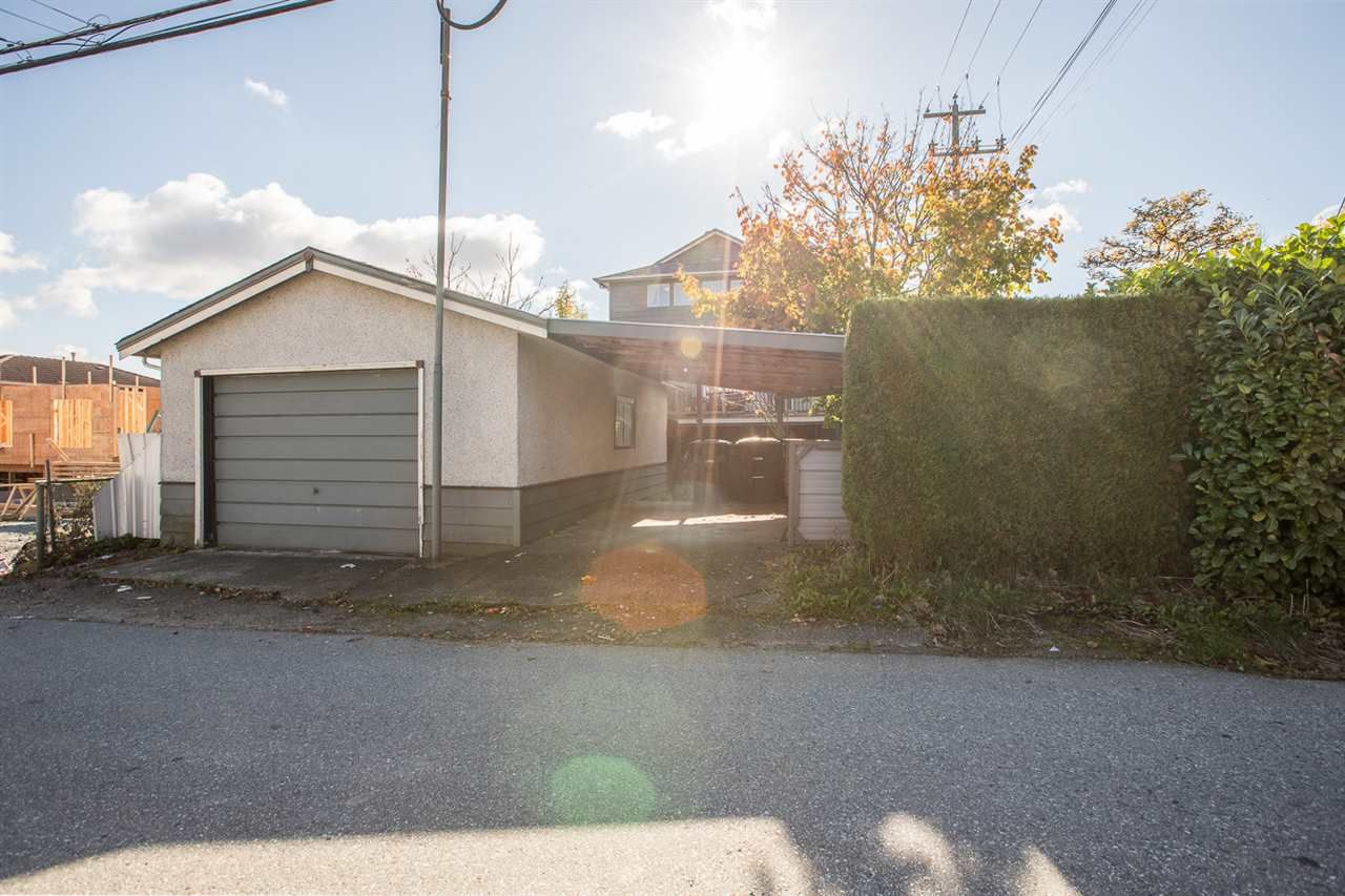 Photo 36: Photos: 2103 E 33RD Avenue in Vancouver: Victoria VE House for sale (Vancouver East)  : MLS®# R2511808