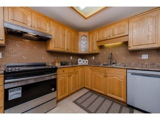 """Photo 4: 406 2626 COUNTESS Street in Abbotsford: Abbotsford West Condo for sale in """"The Wedgewood"""" : MLS®# R2221991"""