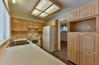 """Photo 6: 46 16363 85 Avenue in Surrey: Fleetwood Tynehead Townhouse for sale in """"SOMERSET"""" : MLS®# R2035327"""