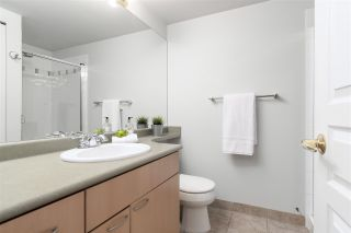"""Photo 20: 403 108 E 14TH Street in North Vancouver: Central Lonsdale Condo for sale in """"THE PIERMONT"""" : MLS®# R2561478"""