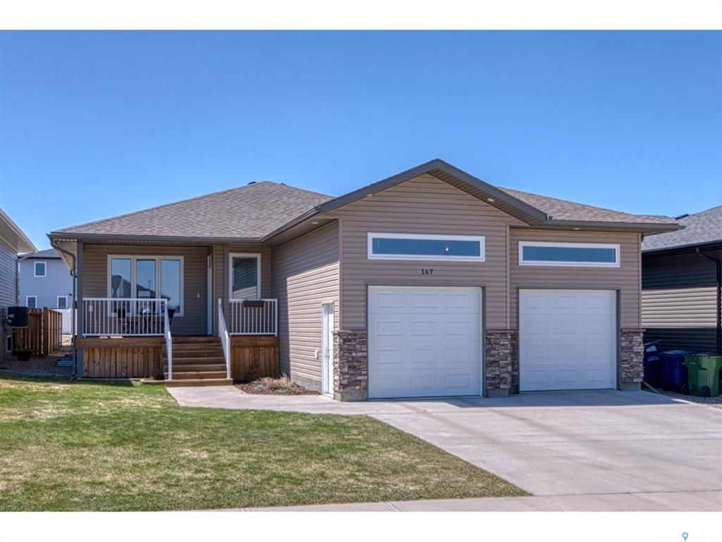 Main Photo: 167 Wellington Drive in Moose Jaw: Westmount/Elsom Residential for sale : MLS®# SK852113