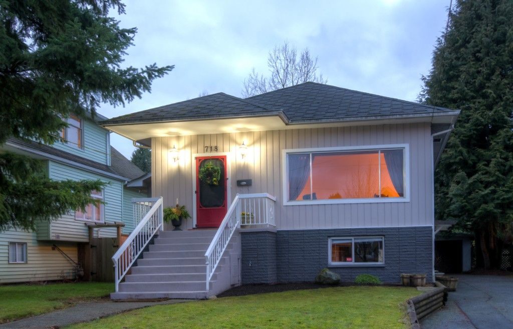 "Main Photo: 718 FOURTH ST in New Westminster: GlenBrooke North House for sale in ""GLENBROOKE NORTH"" : MLS®# V1042180"