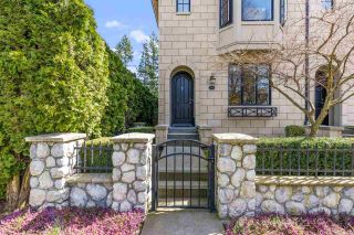 """Photo 3: 101 2580 LANGDON Street in Abbotsford: Abbotsford West Townhouse for sale in """"The Brownstones"""" : MLS®# R2563878"""