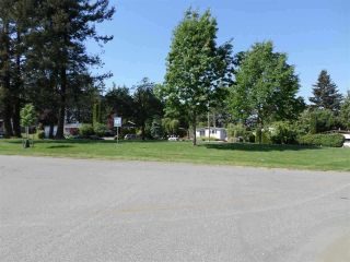 Photo 9: 2203 CRYSTAL Court in Abbotsford: Poplar Manufactured Home for sale : MLS®# R2559724