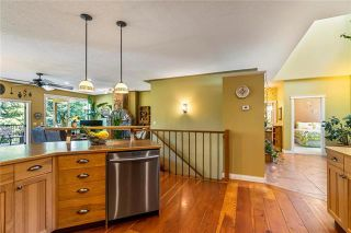 Photo 12: 2415 Waverly Drive, in Blind Bay: House for sale : MLS®# 10238891