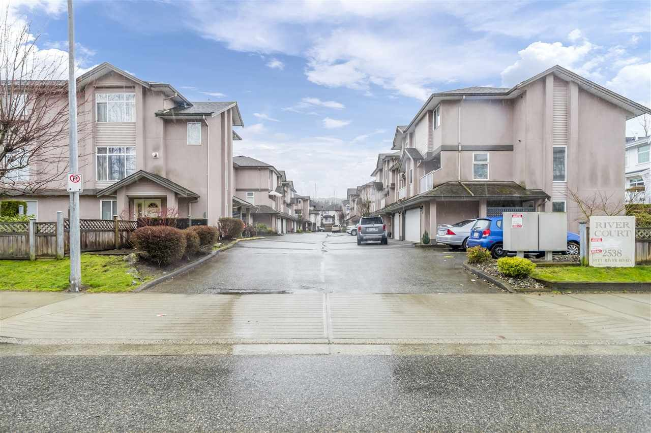 """Main Photo: 17 2538 PITT RIVER Road in Port Coquitlam: Mary Hill Townhouse for sale in """"RIVER COURT"""" : MLS®# R2549058"""
