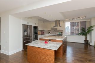 Photo 7: 802D 500 EAU CLAIRE Avenue SW in Calgary: Eau Claire Apartment for sale : MLS®# A1020034